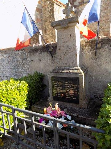 monument aux morts marigny
